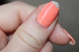 Почему отслаивается гель-лак на кончиках ногтей и не только