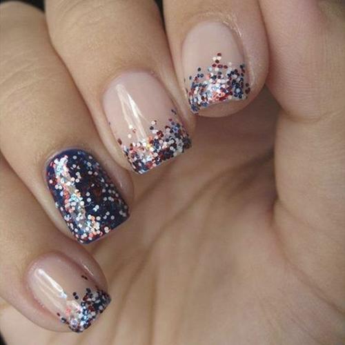 Чем наносить декоративные блестки на ногти